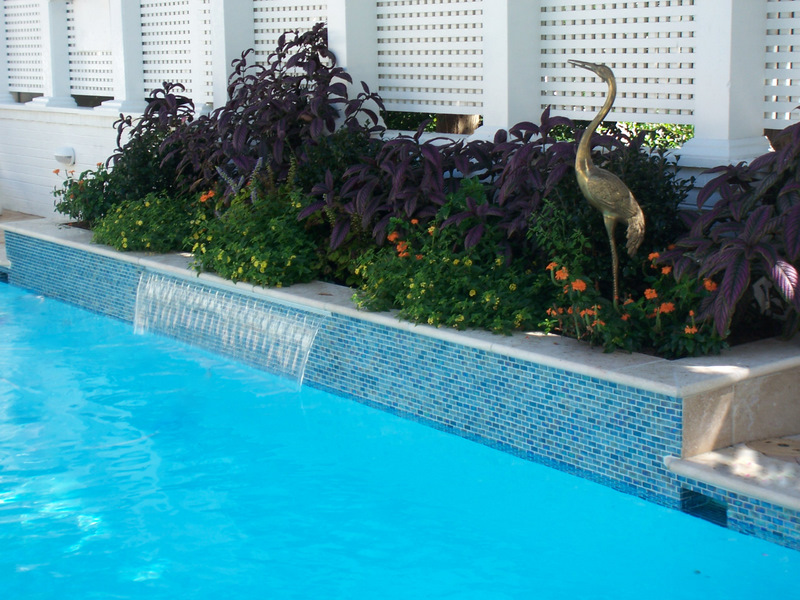Residential swimming pool renovation hampton roads for Swimming pool wall tiles